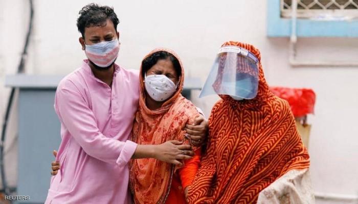 115 ألف حالة.. رقم قياسي جديد لإصابات كورونا اليومية في الهند