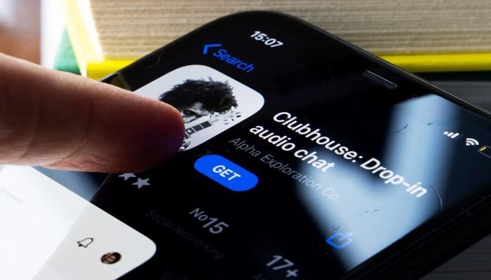 تويتر تعرض 4 مليارات دولار لشراء تطبيق كلوب هاوس
