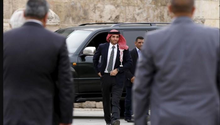 ستريت جورنال: زيارة الأمير حمزة للسلط فجرت أزمته مع ملك الأردن