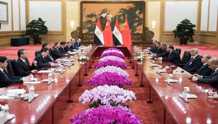 لماذا تمول الصين مشاريع قناة السويس والعاصمة الجديدة في مصر؟