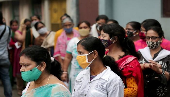 الهند تسجل رقما قياسيا جديدا في إصابات كورونا