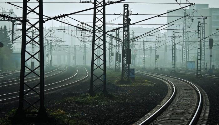 مسؤولو النقل بمصر والسودان يبحثون إقامة خط حديدي يربط أسوان بالخرطوم