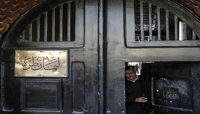 تقرير حقوقي: نحو 120 ألف سجين ومحبوس احتياطيا في مصر