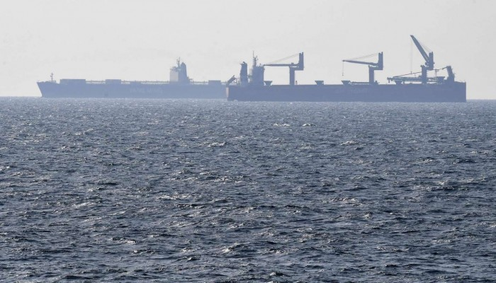 استهداف سفينة إسرائيلية قبالة الإمارات.. وأصابع الاتهام تتجه لإيران