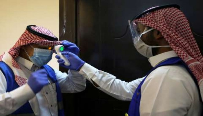 كورونا السعودية.. انخفاض عدد المصابين وارتفاع عدد المتعافين
