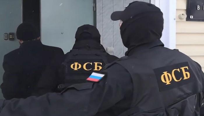 الأمن الروسي ينشر فيديو للحظة القبض على القنصل الأوكراني بسان بطرسبورج
