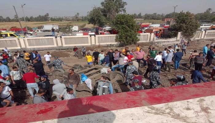 مصر.. أنباء عن استقالة رئيس هيئة السكك الحديد بعد حادث قطار طوخ