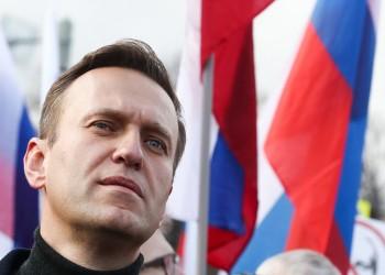 بعد إضرابه عن الطعام 3 أسابيع.. نقل المعارض الروسي أليكسي نافالني للمستشفى