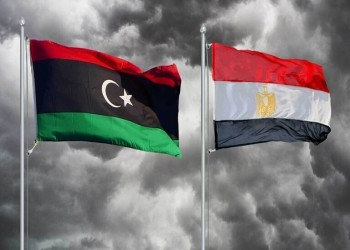 مصر وليبيا توقعان اتفاقا في مجال الطيران والشحن الجوي