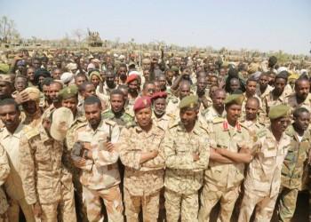 السودان يحيل ضباط مخابرات إسلاميين إلى التقاعد