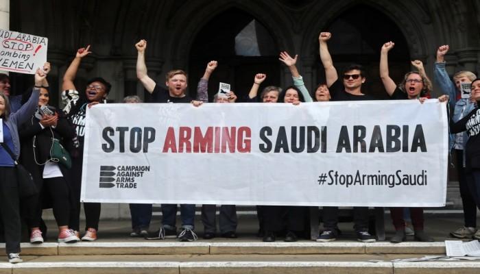 ناشطون بريطانيون يطلبون من المحكمة العليا وقف بيع الأسلحة للسعودية