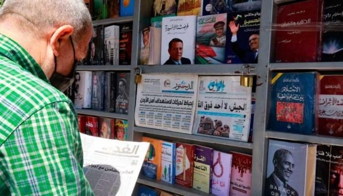 أزمة تعصف بصحافيي الأردن وتدفع نقيبهم إلى الاستقالة