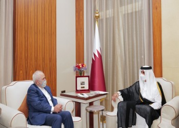أمير قطر يستقبل وزير خارجية إيران.. ويتسلم رسالة من روحاني