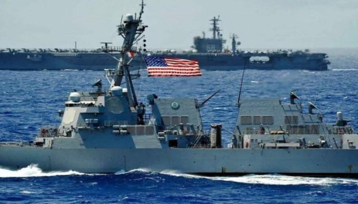قوارب تابعة للحرس الثوري تتحرش بسفينتين أمريكيتين في مياه الخليج