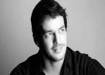 الممثل المعارض خالد أبو النجا يطالب بايدن بدعم العدالة في مصر