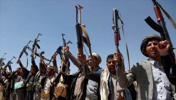 الحوثي تعلن إطلاق 9 من أسراها بعملية تبادل مع الجيش اليمني