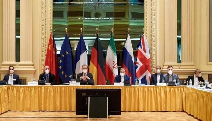 إيران تشترط مجددا رفع العقوبات الأمريكية للقبول بنتائج محادثات فيينا