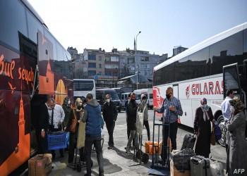 استعدادا للإغلاق.. الأتراك يغادرون المدن ويملؤون المتاجر