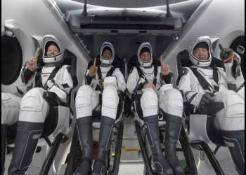 هبوط مائي نادر في الظلام.. عودة 4 رواد من محطة الفضاء الدولية إلى الأرض