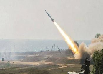التحالف يعترض مسيّرتين وباليستيين.. والحوثي: هاجمنا مطار نجران