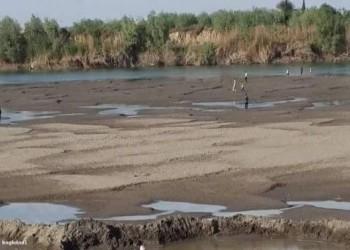 الفرات يلفظ أنفاسه.. أكبر أنهار سوريا يشكو من الظمأ