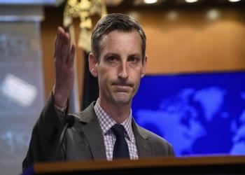 متحدث الخارجية الأمريكية يتهرب من إدانة قتل أطفال غزة (فيديو)