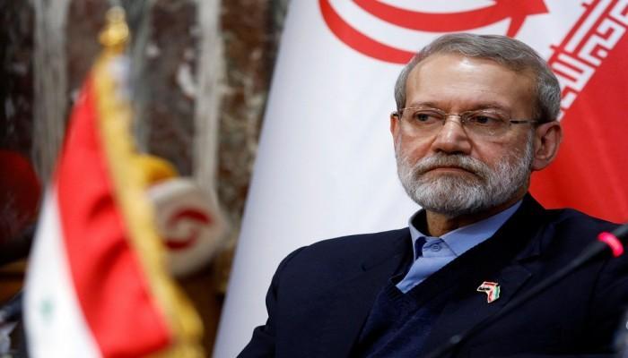 لاريجاني ورئيسي يتقدمان بأوراق ترشحهما لرئاسيات إيران