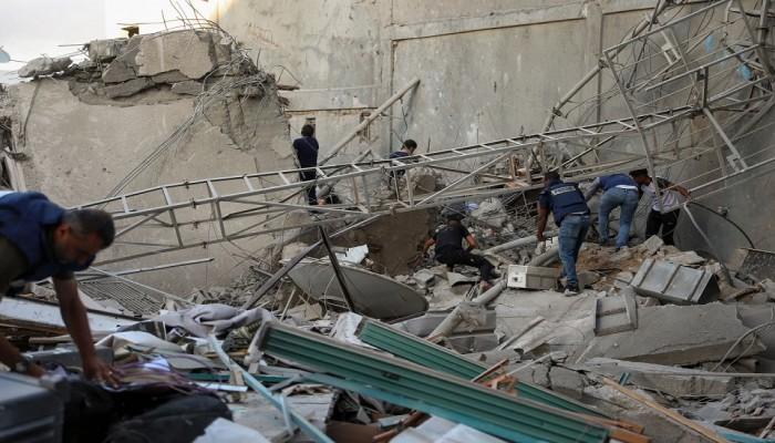 مسؤولون عسكريون بإسرائيل يطالبون بوقف الهجمات ضد غزة