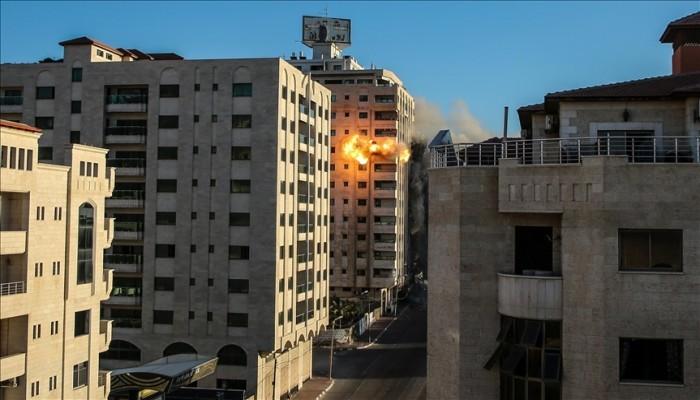 جريمة حرب جديدة.. إسرائيل تخبر مؤسسات أممية عزمها قصف مدرستين بغزة