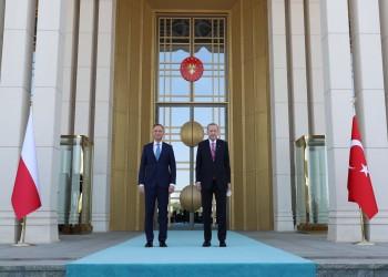 أردوغان: بولندا أول عضو بالناتو يستورد المسيرات التركية