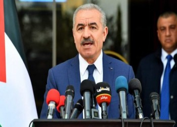 رئيس الوزراء الفلسطيني يبدأ زيارة خليجية تشمل الكويت وقطر وعمان