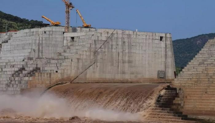 الجيش الإثيوبي يؤكد حماية سد النهضة.. والسودان يرجح تراجع أديس أبابا