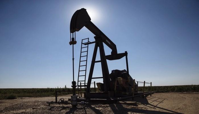 للجلسة الثانية على التوالي.. تراجع أسعار عقود النفط الخام بنسبة 0.81%
