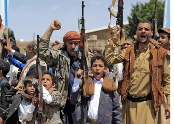 الحوثيون يشيدون بسلطنة عمان بعد أنباء فتح مطار صنعاء وميناء الحديدة