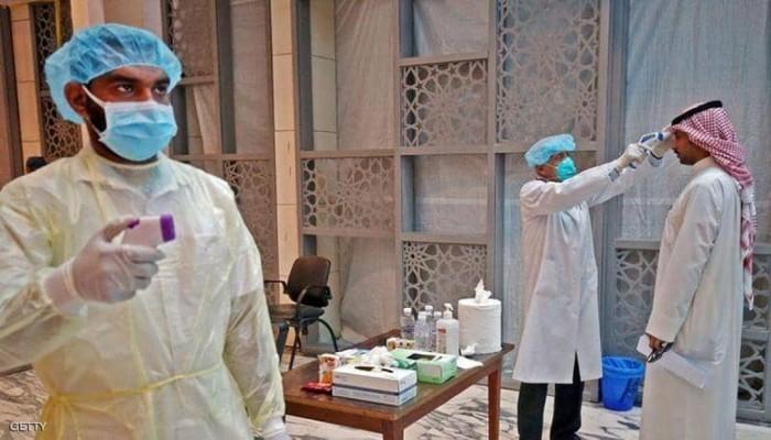 مسؤول خليجي يحذر من تحورات جديدة لفيروس كورونا
