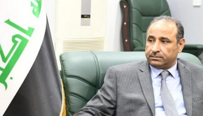 """سؤال حول """"الفياجرا"""" يشعل غضبا ضد وزير عراقي"""