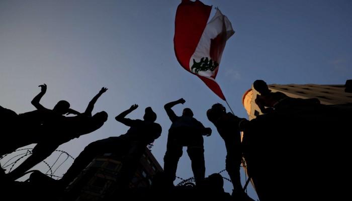 قصص حقيقية.. إيكونوميست توثق موجة هجرة للبنانيين إلى بلدان غرب أفريقيا