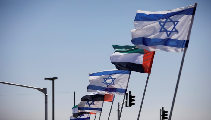 الإمارات تهنئ حكومة إسرائيل الجديدة وتتطلع للعمل معها