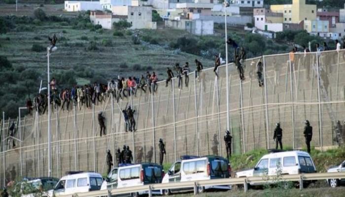 إسبانيا تدرس ضم سبتة ومليلية إلى شنجن.. والمغرب يهدد بالرد