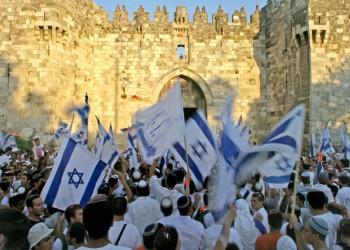 إصابة فلسطينيين بمواجهات في القدس مع انطلاق مسيرة الأعلام