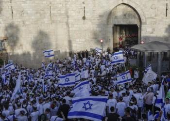 مسيرة الأعلام.. إسرائيل تغير مسارات الطائرات ولابيد يستنكر هتافات معادية للعرب