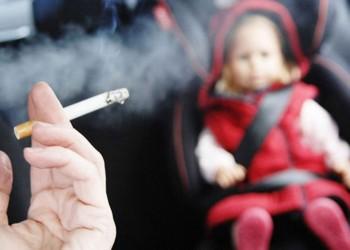 التدخين السلبي عند الطفولة يسبب التهاب المفاصل الروماتويدي