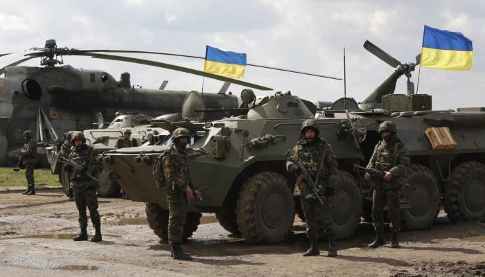 البيت الأبيض ينفي تجميد مساعدات عسكرية لأوكرانيا: هراء