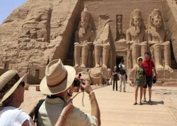 3.5 مليون سائح و4 مليارات دولار.. انتعاش نسبي لقطاع السياحة في مصر