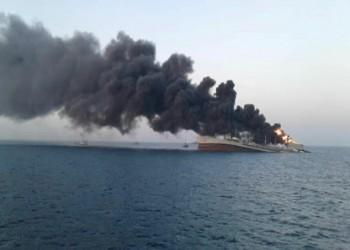حريق يلتهم باخرة عراقية في مياه الخليج ومصرع طاقمها بالكامل