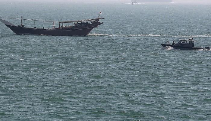 المنامة: قطر تلقي القبض على مركبين بحرينيين على متنهما 4 بحارة