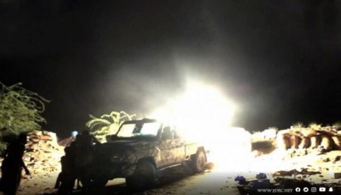 وكالة: مقتل وإصابة 14 في معارك عنيفة بين الحوثيين والجيش اليمني بالحديدة