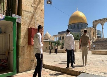 تصعيد خطير.. بينيت يساوي بين حق المسلمين واليهود في الأقصى