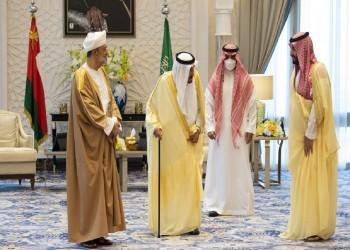 لماذا تتجه السعودية للاستثمار اقتصاديًا وأمنيًا في سلطنة عمان؟
