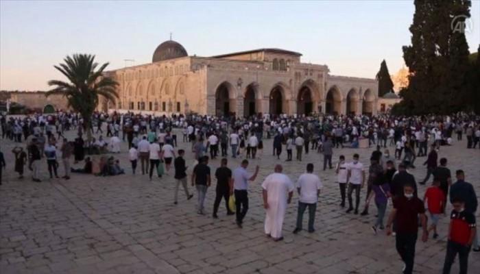 أكثر من 100 ألف فلسطيني يؤدون صلاة عيد الأضحى في الأقصى